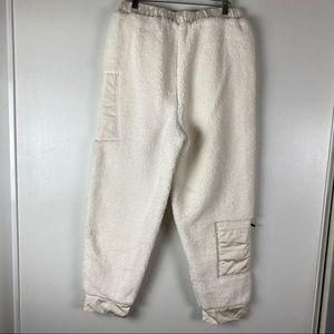 Free People Pants & Jumpsuits - Free People Movement BFF Solid Fleece Pant Cream